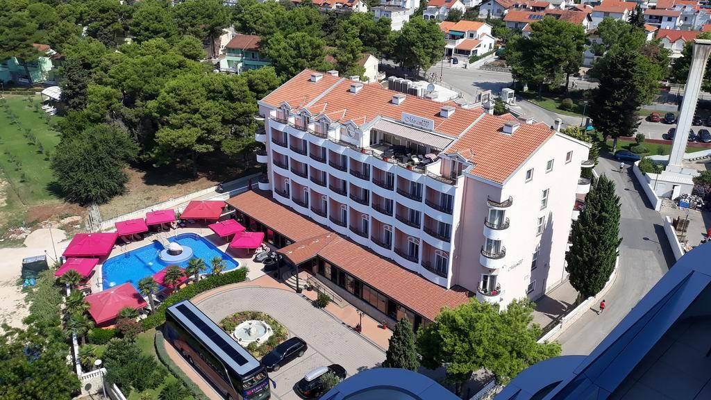 Vodice, hotel Miramare