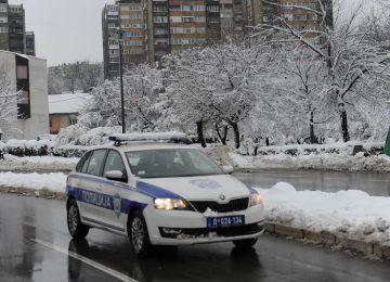 bor policija sneg 07
