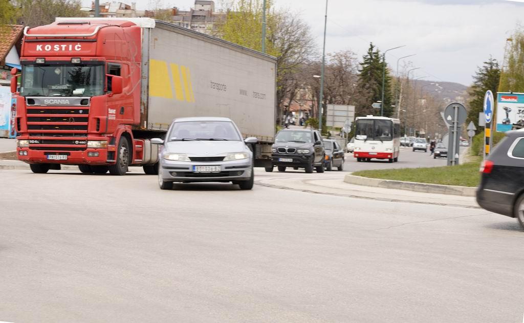 bor kamioni 2